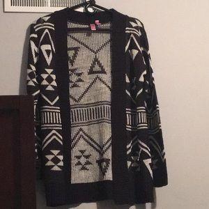Black & White Aztec Cardigan. Size: M